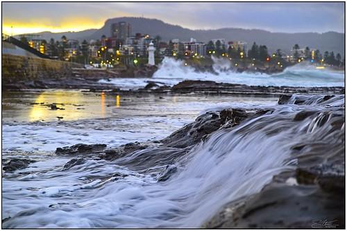 steveselbyphotography steev steve pentax pentaxk1 ricoh hdpentaxdfa2470mmf28edsdmwr water waves sea ocean on1photoraw2020 on1 wollongong lighthouse bokeh