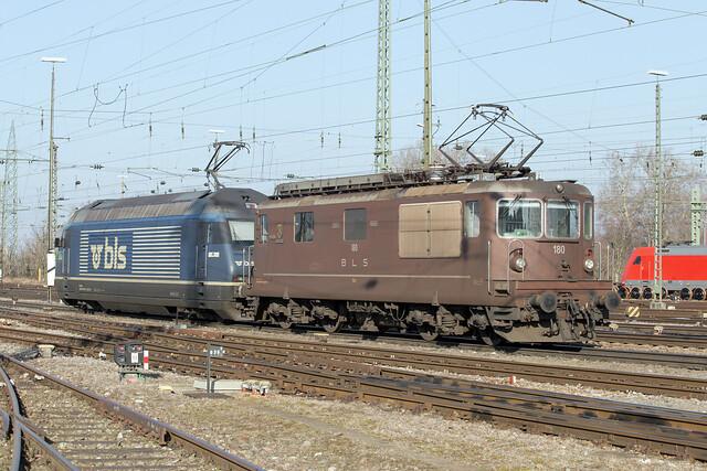 BLS Re 4/4 425 180 Basel Badischer Bahnhof