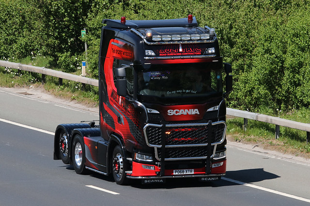 Scania Multipave Road Surfacacing Contractors PO68XTR