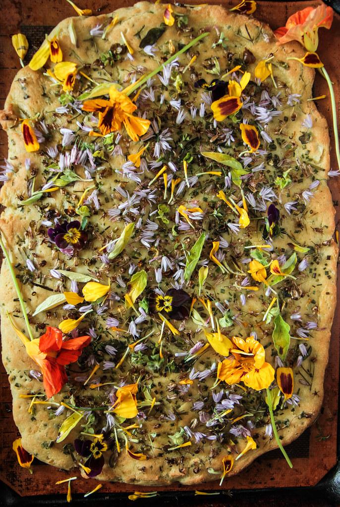 Garlic Herb Flatbread (Vegaan anad Gluten-free) from HeatherChristo.com