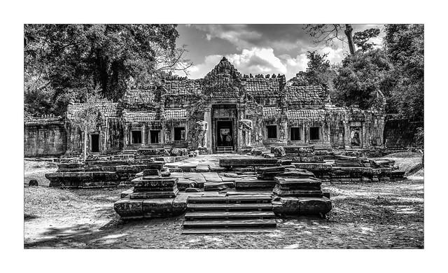 5820SEb  Thailand & Angkor in Monochrome