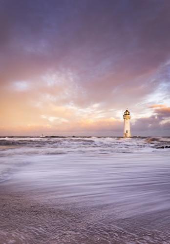newbrighton lighthouse liverpool mersey merseyside tide nikond7200 sigma1020 landscape water waves wirral greatbritain uk unitedkingdom england sea sunrise clouds