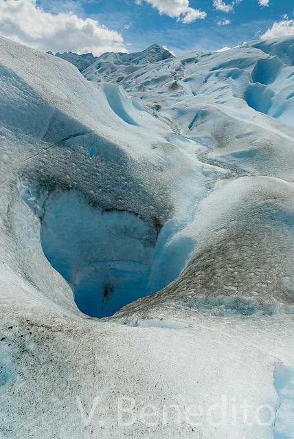 AZUL. El lomo del Perito Moreno