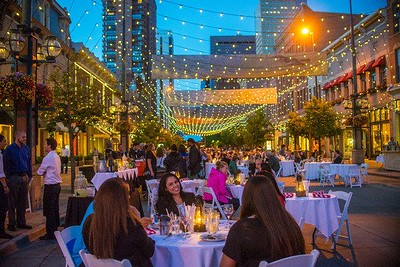 Larimer Square, Downtown Denver, dining in the street/Dining Al Fresco