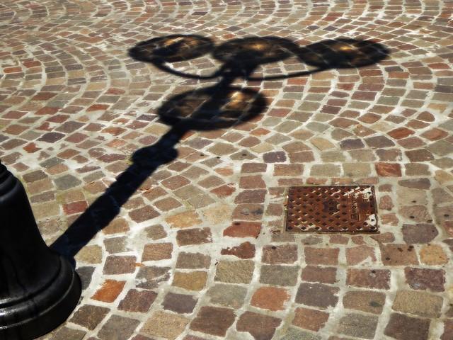 street shadow