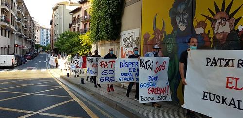 Patxi Ruiz euskal presoari babesa erakutsi diote