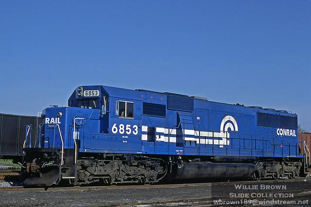 SD60 6853 at Harrington, DE on 04/17/91.