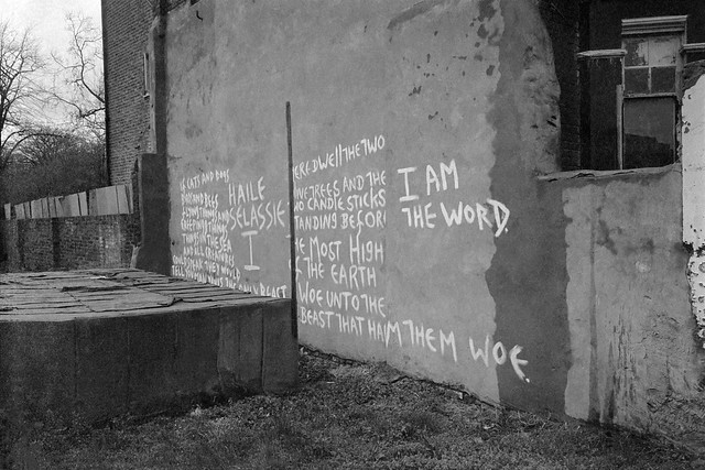 Text on Wall, St Agnes's Place, Vauxhall, Lambeth, 1984 84-3b-21