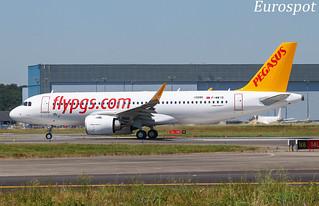 F-WWIO Airbus A320 Neo Pegasus