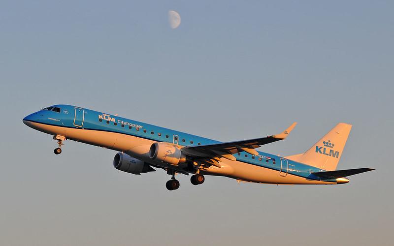 Embraer-ERJ-190-KLM-Cityhopper-PH-EXY