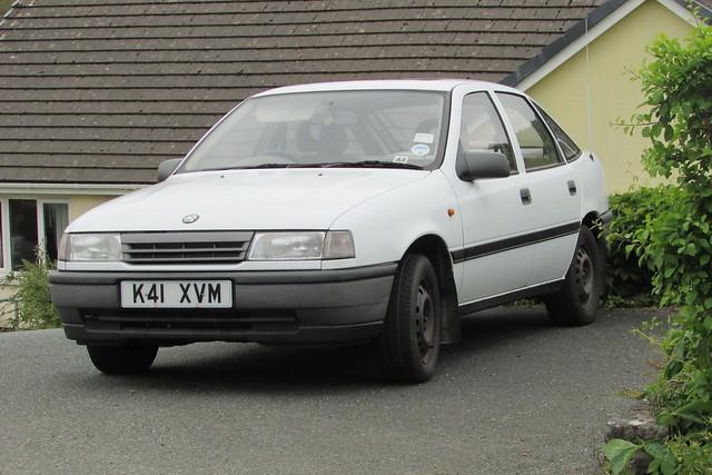 Vauxhall Cavalier 2.0i L