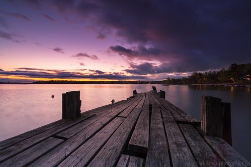 2020 helsinki ilta lauttasaari may toukokuu auringonlasku clouds evening meri pilvet rannikko sea sunset pier shore
