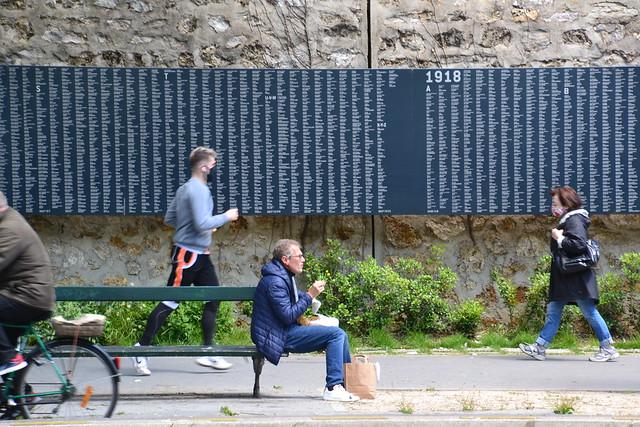street capture and war memorial