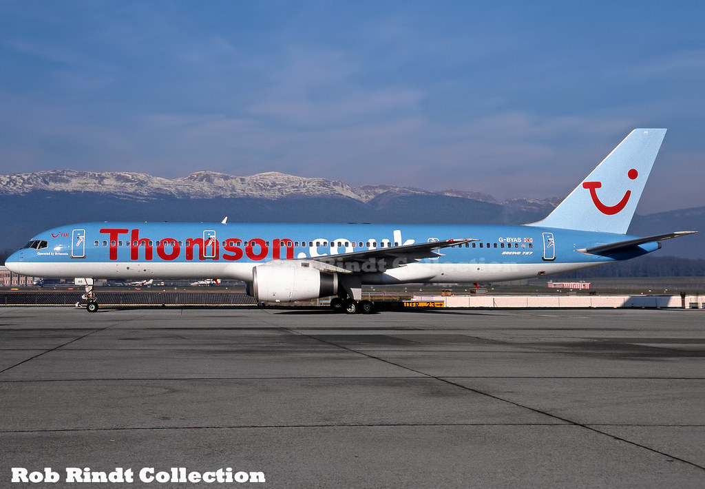 ThomsonFly (TUI) B757-204 G-BYAS
