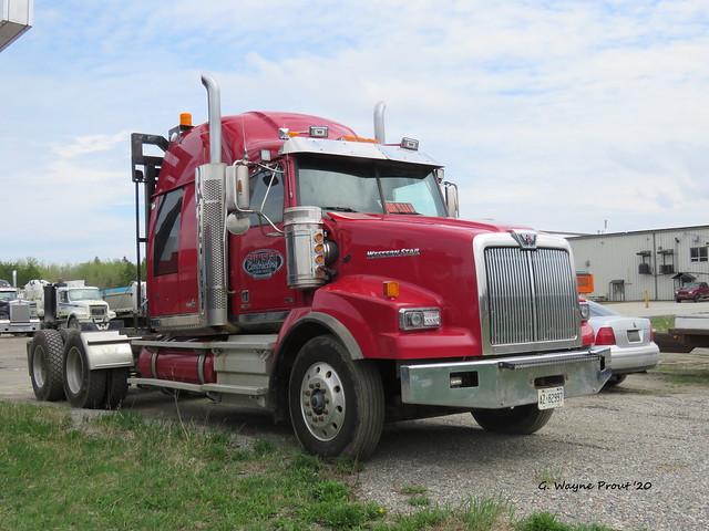 Western Star 4900SB Heavy Haul Tractor Truck