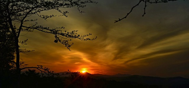 2020-0527Burning-Hell-Sunset-Pano0001