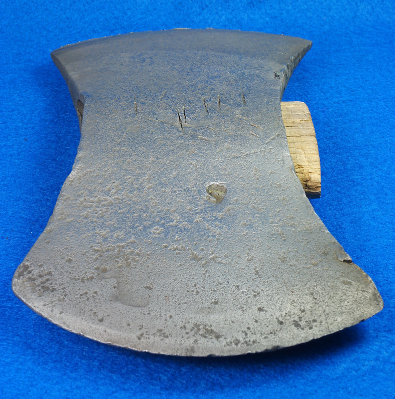 RD29313 1926 Sager Warren, PA Chemical Double Bit Axe Head DSC06015