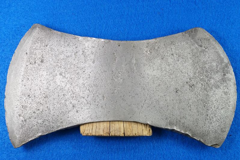 RD29313 1926 Sager Warren, PA Chemical Double Bit Axe Head DSC06001