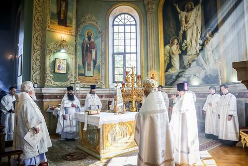 28 мая 2020, В праздник Вознесения Господня митрополит Кирилл возглавил Литургию в Казанском кафедральном соборе