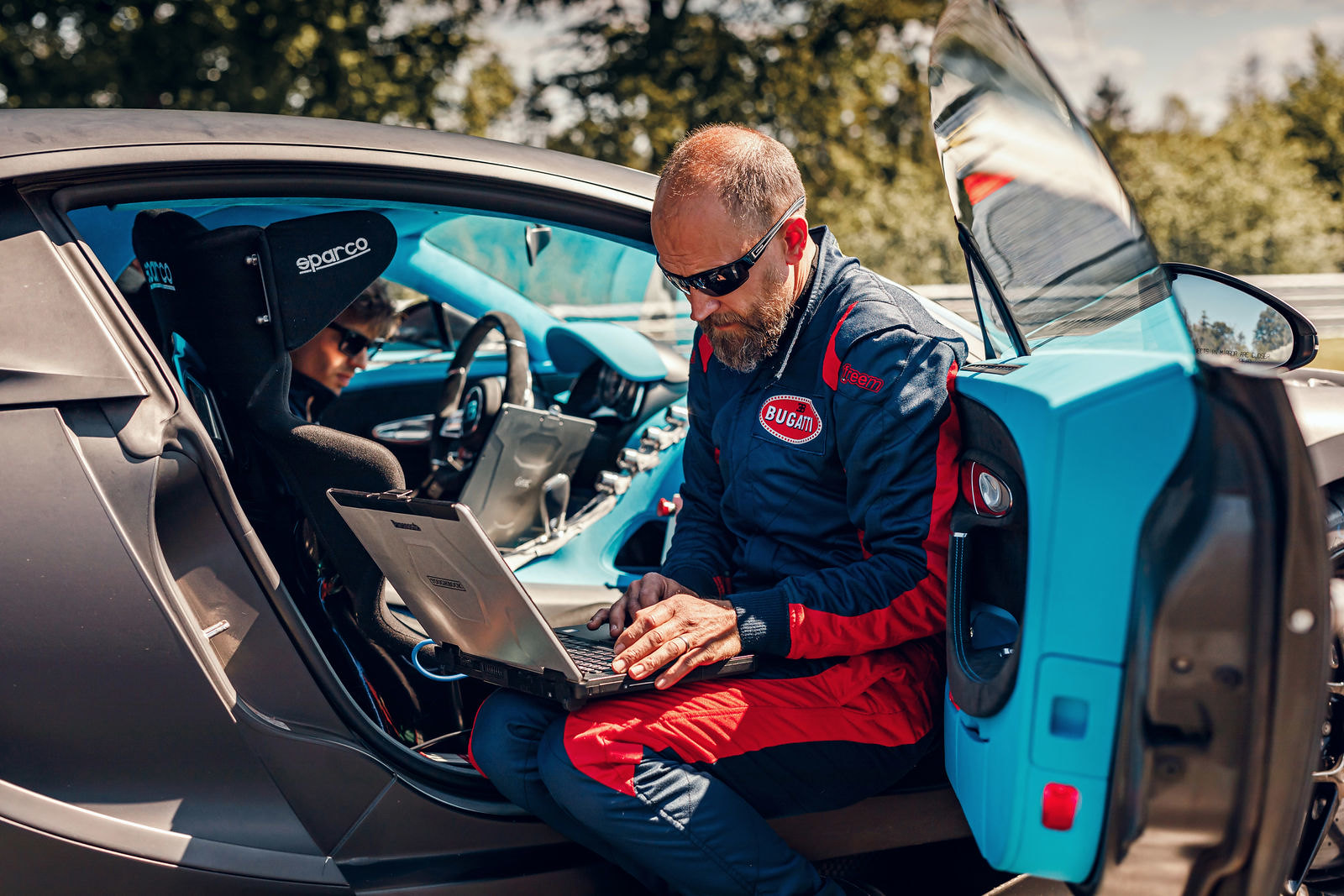 27_chiron-pur-sport_bilster-berg_bts_heilenk-tter-gericke-left-to-right-