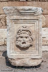DSC1156 Decoración del frente del Teatro romano, siglo II, Hierápolis de Frigia, Pamukkale, Turquía
