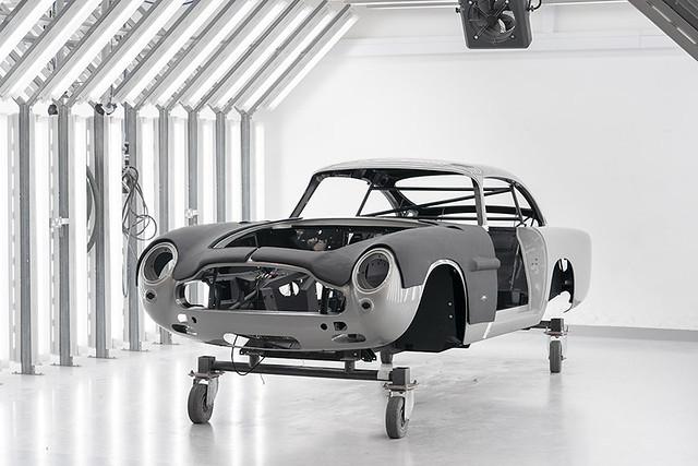 Aston Martin DB5 Goldfinger Continuation_05
