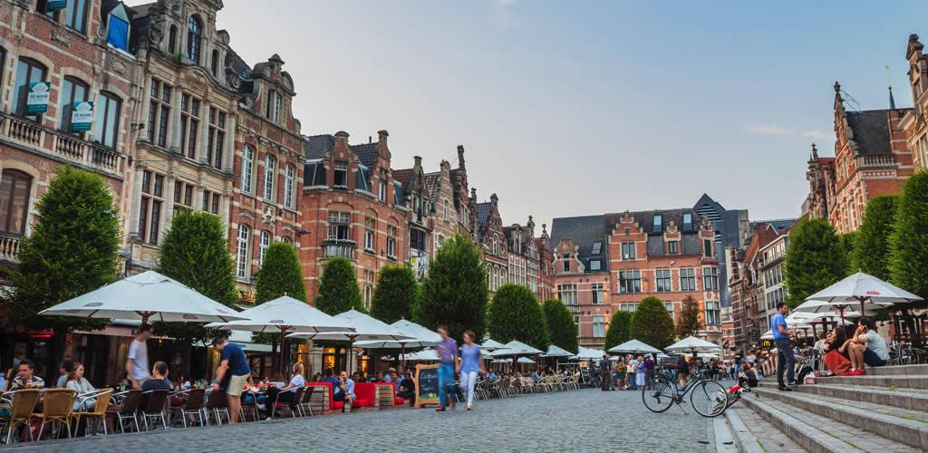 Bezienswaardigheden in Leuven: Oude Markt | Mooistestedentrips.nl