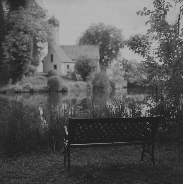 The bench at the castle