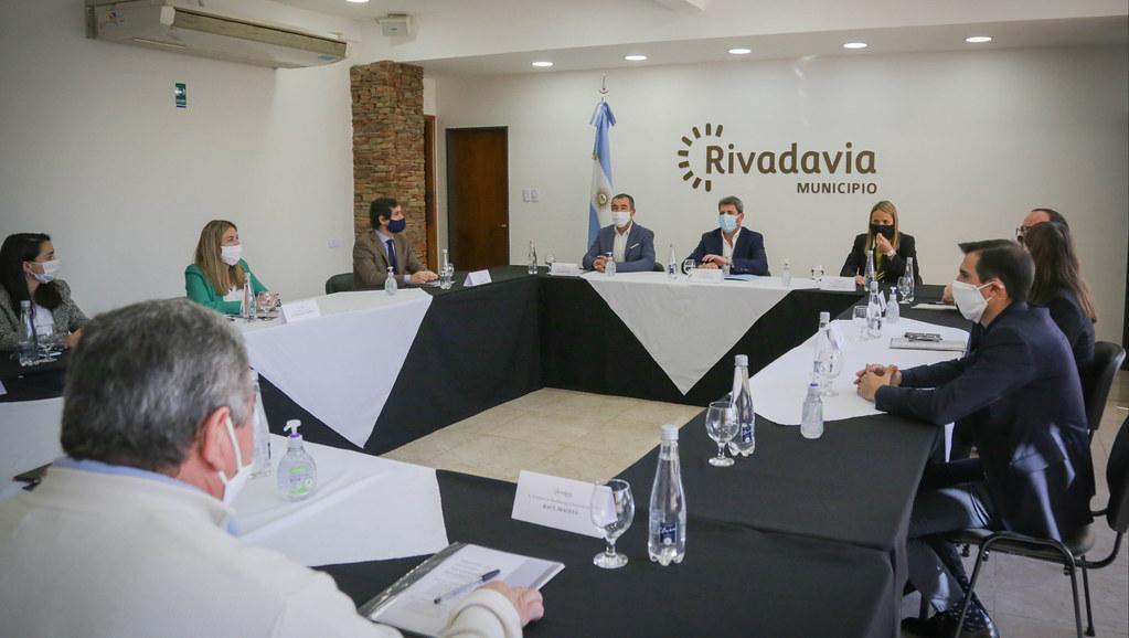 2020-05-28 PRENSA: El gobernador Uñac se reunió con los intendentes de Rivadavia y Santa Lucía