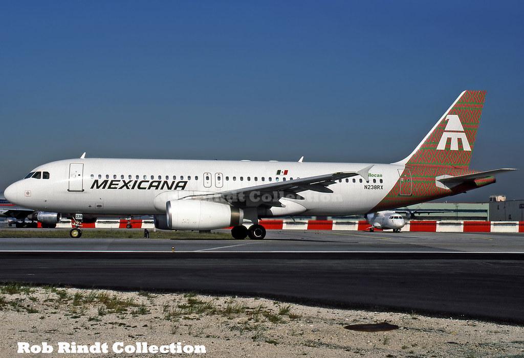 Mexicana A320-231 N238RX