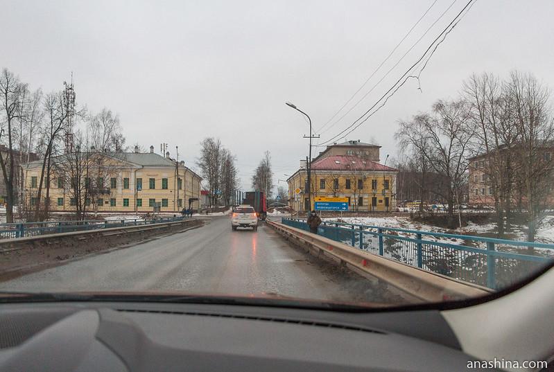 Вид с Сиверсова моста (ныне ул. Луначарского) на проспект Ленина, Вытегра