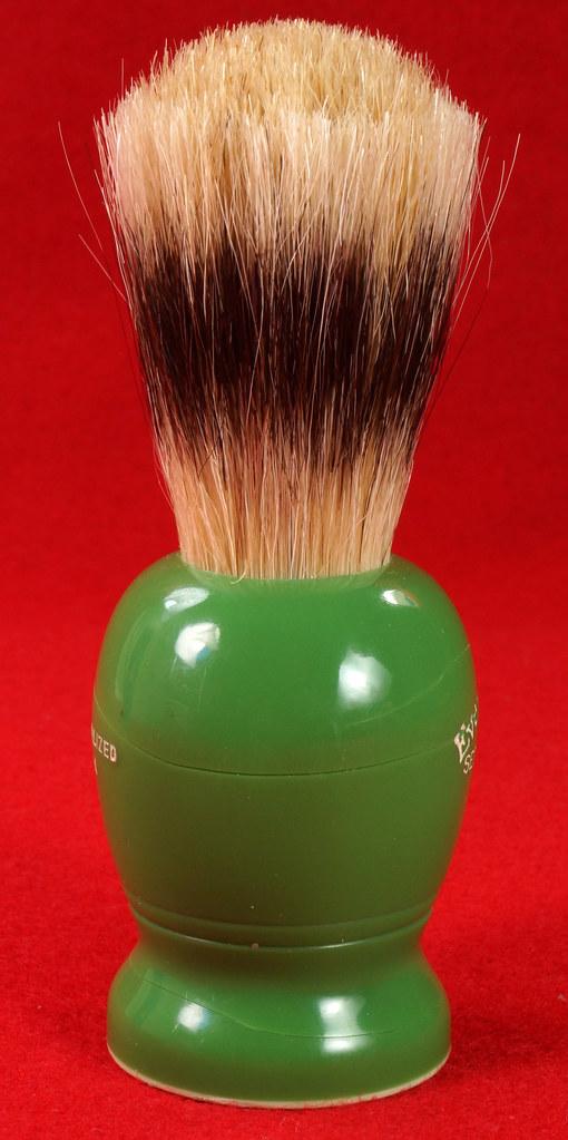 RD21358 Rare Antique Ever-Ready Shaving Brush 50R Sterilized N Green Bakelite Handle in Box DSC06178