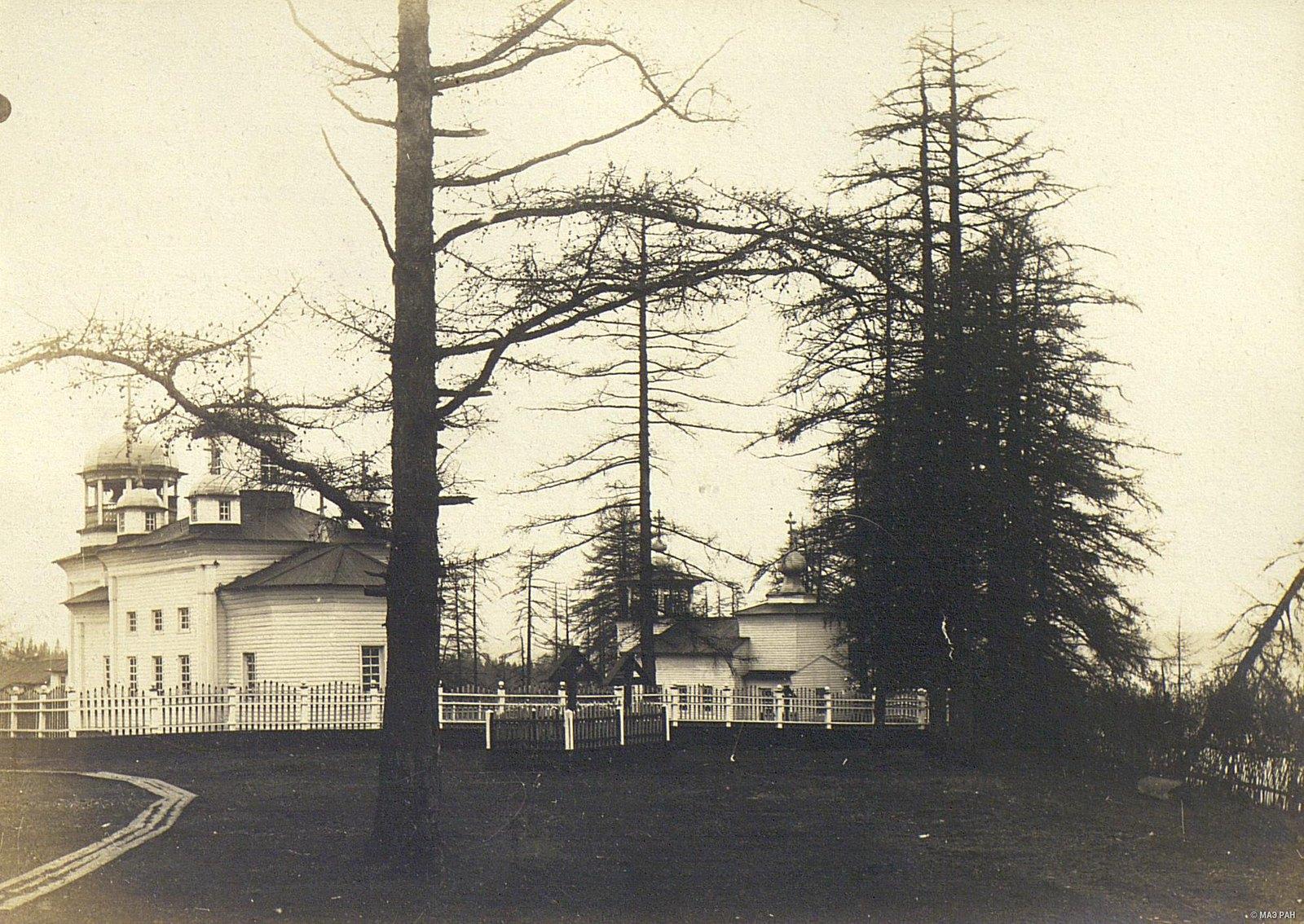 Деревянная церковь начала XVIII в. в селе Ущелье