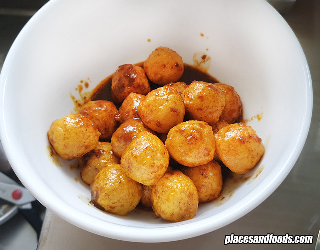 maks chee curry fishball