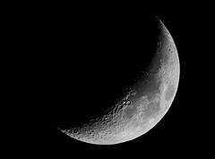 moon-5250