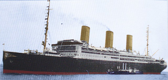 Ss Vaterland-Leviathan_in_colour