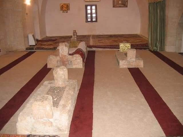 5632 Tomb of Umar Ibn Abdul Aziz destroyed in Syria 01