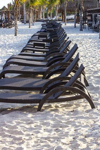 Waiting for hotel guests, Royalton Riviera Cancun Resort & Spa, Mexico