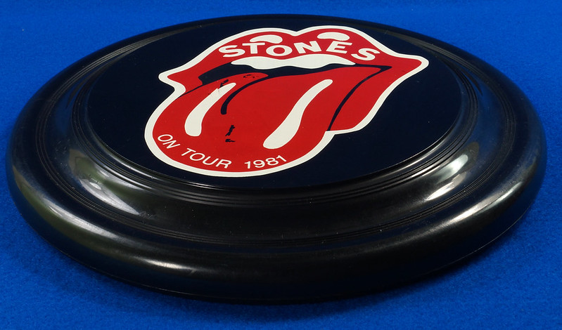 RD28299 Vintage 1981 The Rolling Stones On Tour Frisbee Throwing Disk Very Rare DSC06292