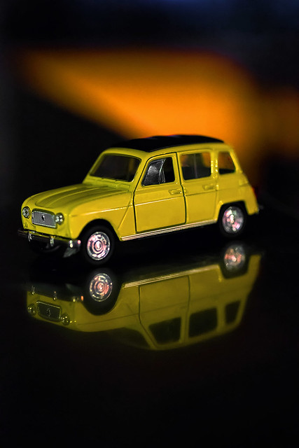 Renault 4 double vision