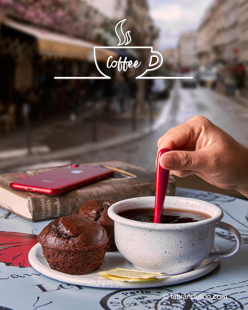 Café en Taza de peltre o pocillo esmaltado