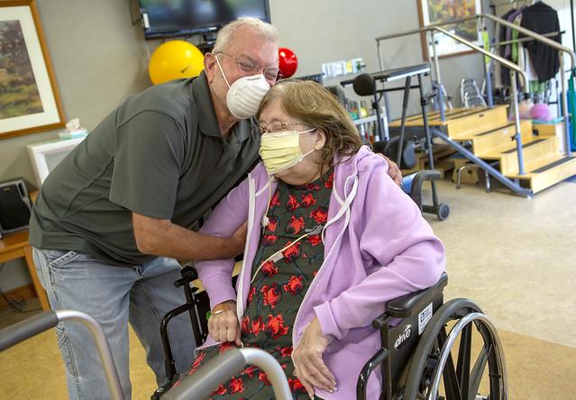 COVID-19 patient comes home