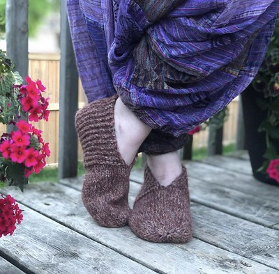 Simple House Slippers by Simone A. (@templeofknit) knit using Rowan Felted Tweed