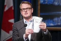 May 29, 2020 Twenty million masks to be distributed to Albertans