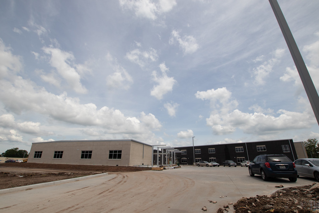 New Bess Brannen Elementary under construction, Lake Jackson