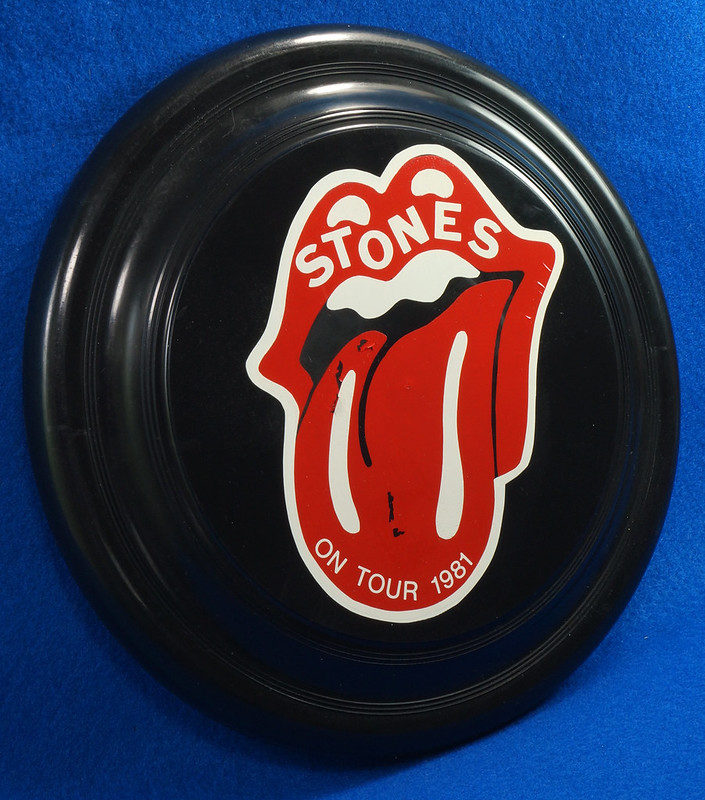 RD28299 Vintage 1981 The Rolling Stones On Tour Frisbee Throwing Disk Very Rare DSC06289