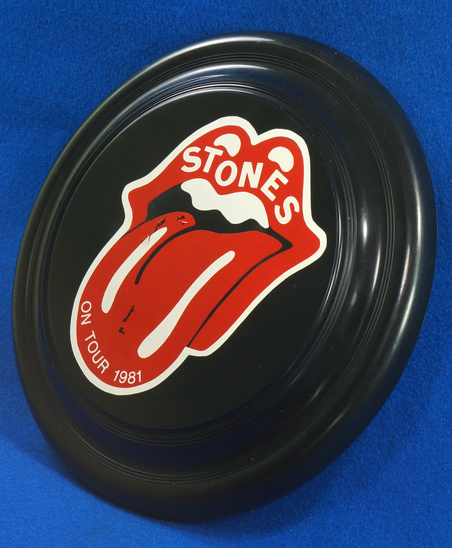 RD28299 Vintage 1981 The Rolling Stones On Tour Frisbee Throwing Disk Very Rare DSC06288