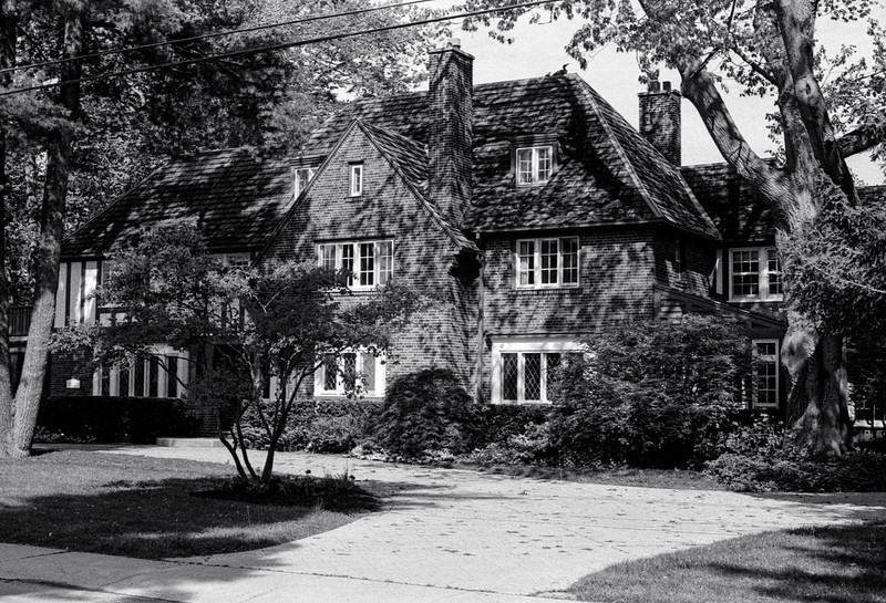 Historic Mansion on MacDonald