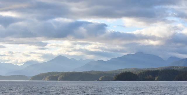 BEAUTIFUL JOHNSTOINE STRAIT, NORTHERN VANCOUVER ISLAND,  BC.