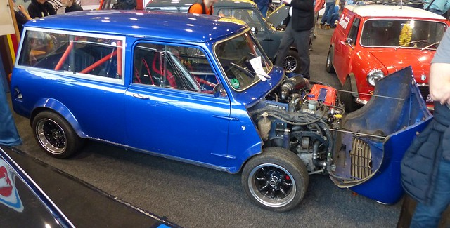 Mini Clubman custom blue vr
